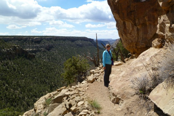 On the trail between the ruins. Why is Jeri smiling? Because she's not at Mesa Verde!