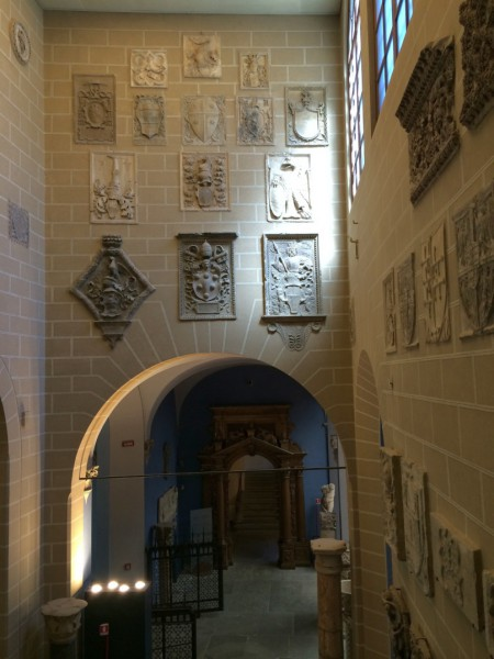 An inside view of the Bardini Museum.