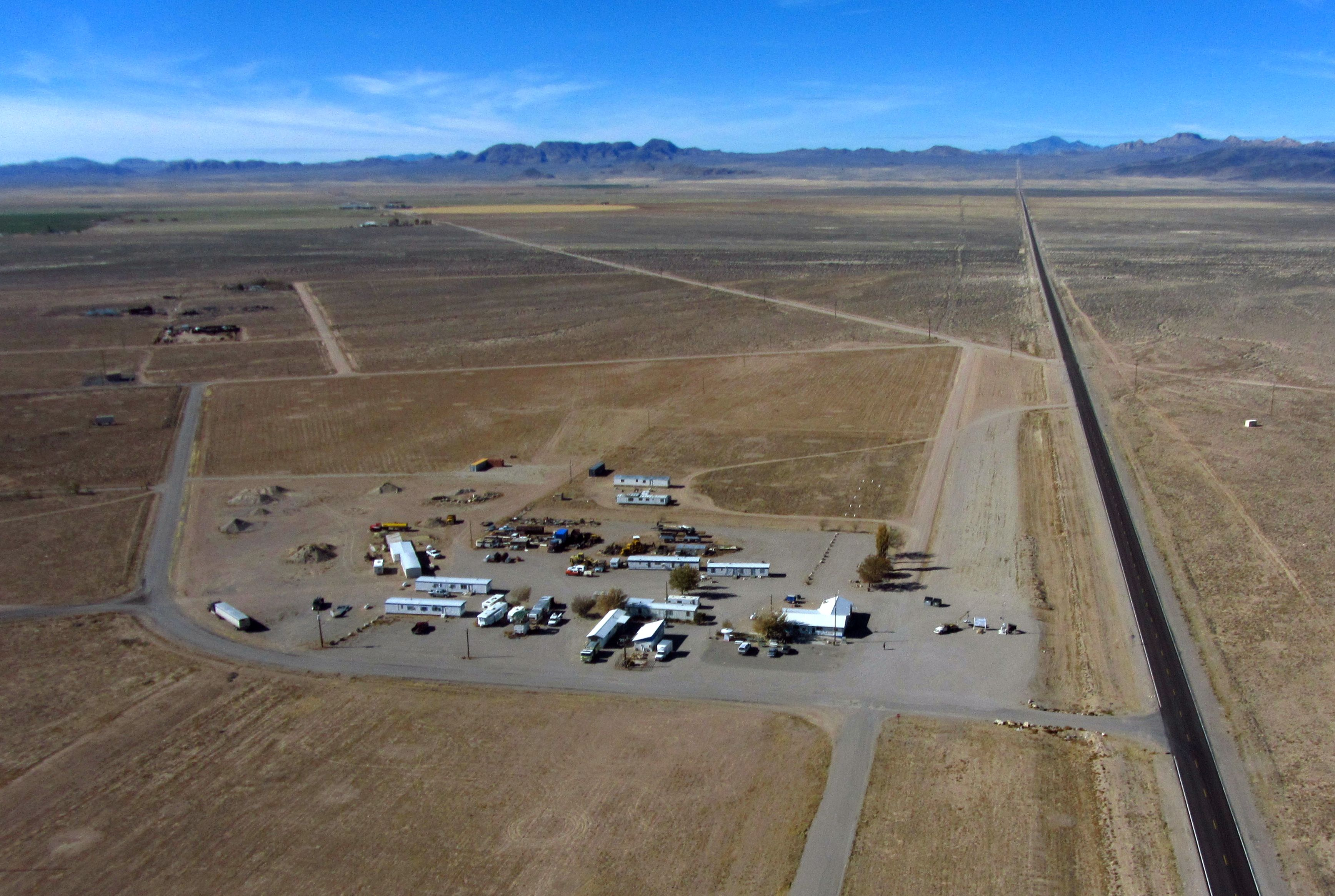 top drones with A Drones Eye View Of Rachel Nevada on 303602 further A Drones Eye View Of Rachel Nevada in addition The 7 Best Data Visualization Tools For Architects likewise 20161115002753 further Word Je Jonger Van Reizen In De Ruimte.