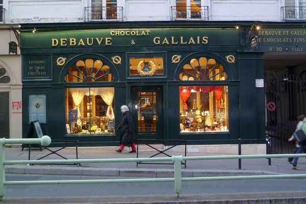 The oldest chocolate shop in Paris, here since 1818