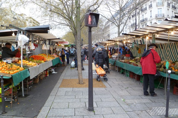 The Marché Bastille on a cold, slightly rainy Sunday morning.