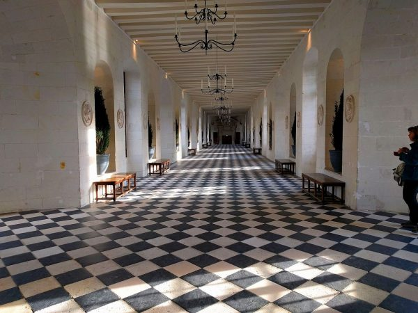 Looking down the main hall of Chenonceau where it crosses over the river. Yes, it was that empty.